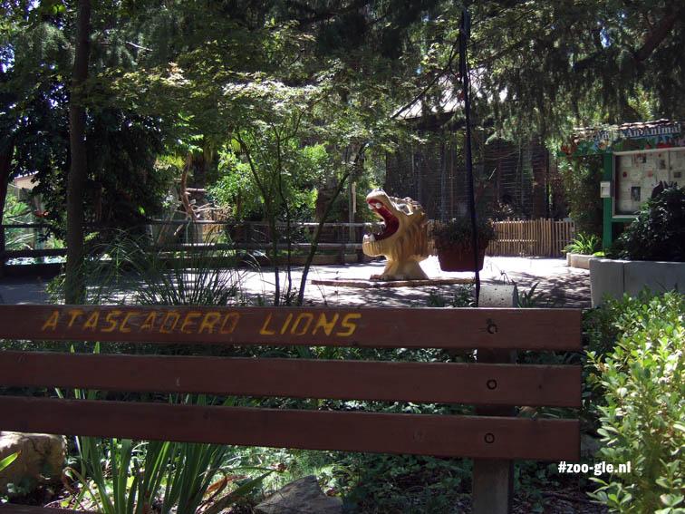 2006 Bij het roofdierenverblijf