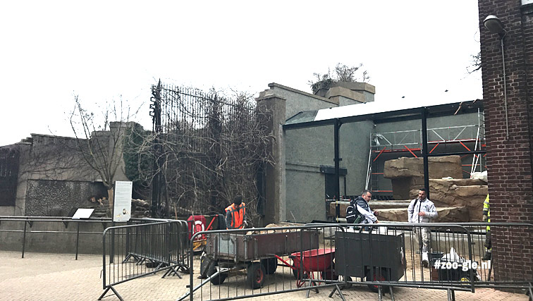 2018 March glass instead of bars next to the Kerbert terrace
