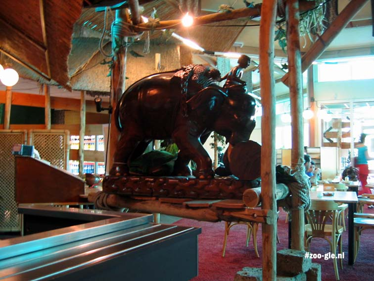 2005 Restaurant The Elephant