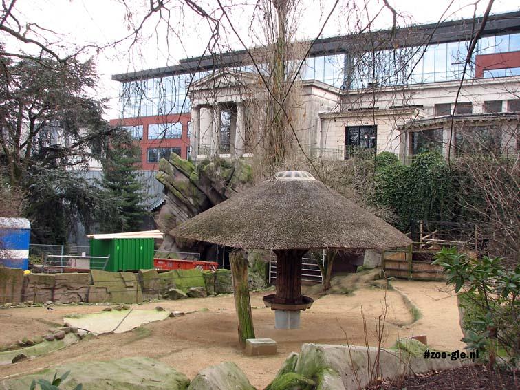 2009 Aquarium en reptielenhuis