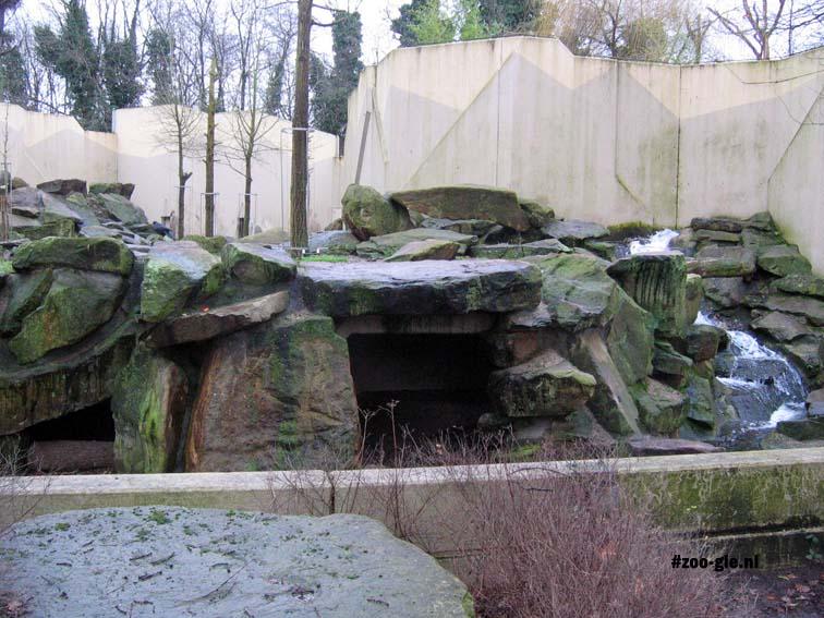 2007 Dierentuin van beton