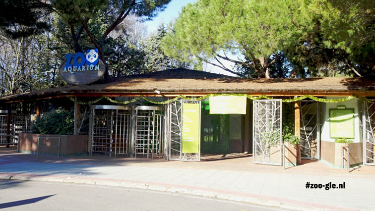 December 2016: Entrance Madrid zoo
