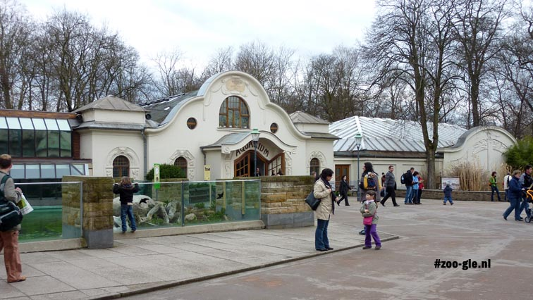2010 Aquarium and the enclosure of the Baikal seals on the left