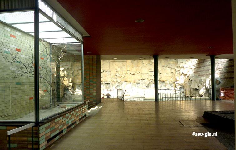 2013 Alfred Brehm House optical open-air enclosure