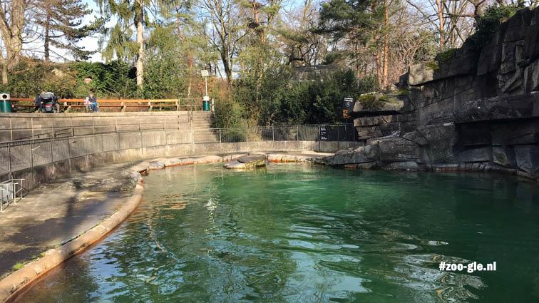 2018 Sculptor Urs Eggenschwyler created the 1922 Sea Lion enclosure