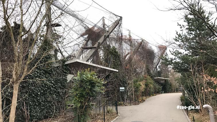 Outdoor monkey enclosure