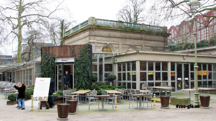 2008 Restaurant Flamingo in achter uitbouwtjes verstopte neo-Louis-XVI