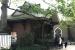 2019 Makigebouw 1901 met echte boomstammen versierd